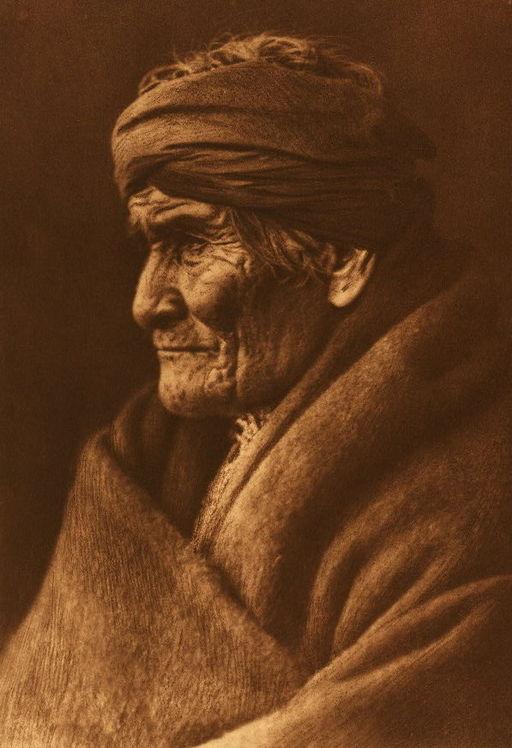 Edward_S__Curtis_Geronimo_Apache_cp01002v