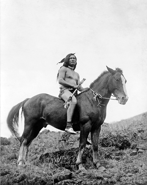 Nez_Perce_warrior_on_horse1